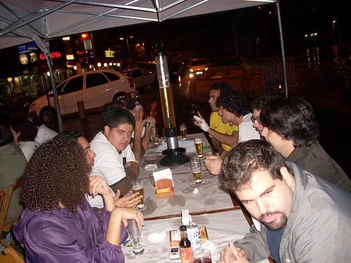 Galera bebendo no Buxixo