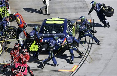 Pit stop for Lowes Chevrolet #48 Hendrick Team at Martinsville Speedway