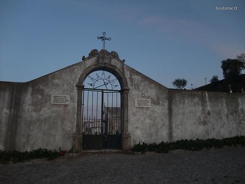 Entrada do cemitério