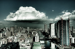 this big cloud... (tokyololas) Tags: sky cloud japan tokyo view   memes lightroom photomatix adobelightroom 3exp visiongroup canon40d tokyololas tokinaaf1116mmf28