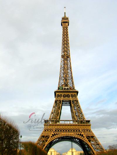 Eiffel tower_02