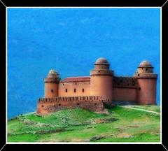 Castillo de la Calahorra @ Jovisur (jovisur) Tags: castillo calahorra mywinners impressedbeauty colourartaward goldstaraward jovisur