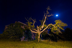 Spooky Scary (Noel Kerns) Tags: abandoned home night circle texas sherman woodmens