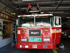 "E207l FDNY ""Tillary Tigers"" Ladder 110, Fort Greene, Brooklyn New York City (jag9889) Tags: county city nyc house ny newyork building station architecture brooklyn truck fire downtown 110 company kings tigers borough ladder firehouse fdny department firefighters fortgreene seagrave bravest tillary tillerystreet ladder110 division11 battalion31 e207"