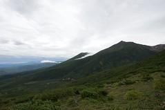 山向こうから雲が流れる