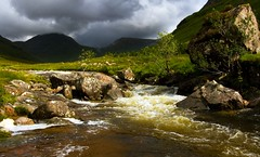 Highland River (the44mantis) Tags: river scotland stream escocia glen highland burn schottland etive schotland ecosse munro scozia meallnaneun glenceitlein