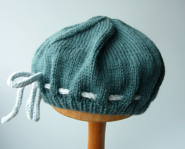 BERET KNITTING PATTERNS FREE PATTERNS