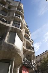 Nice curves (bjornkri) Tags: barcelona casamil lapedrera
