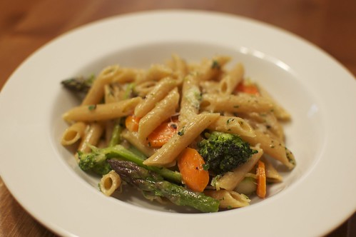 Pasta with Asparagus, Carrots, Broccoli