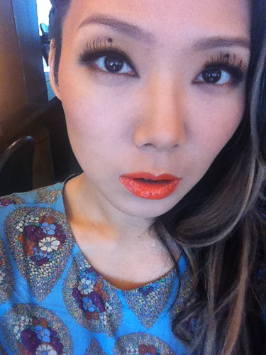 pattern/ orange lips