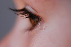 Teary eyes (arcoirisito) Tags: brown macro eye ojo sad oeil triste mia eyelash tear lash brun cil pestaa larme lgrima lloro pleur tearyeyes macromonday