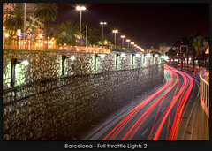 Barcelona - Full throttle Lights 2 (Santcer) Tags: barcelona espaa canon spain bcn canon5d catalunya catalua barna canonef2870mmf28lusm labomba tepasaste santcer pitusitonindo