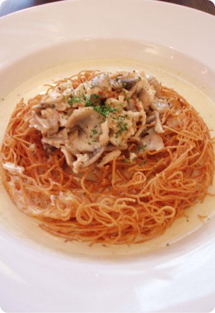 indulgz__crispy_noodle_caborana