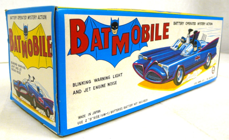 batman_ahitinbatmobile2.jpg