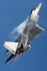 F-22 Raptor (Mike Rollinger) Tags: show max water plane airplane paul demo fighter force aircraft air jet demonstration american raptor f22 2008 vector vapor oshkosh airventure yf22 thrust tactical moga afterburners maneuverability thrus