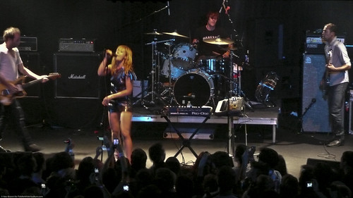 08.09 Metric @ Highline (5)