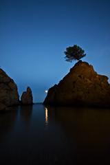 Tossa de mar (david A.F Photography) Tags: sunset españa moon europa europe girona luna catalunya costabrava cataluña tossademar emporda espanya sigma1020mm canoneos40d davidafphotography