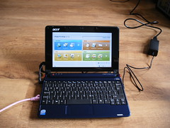 Acer Aspire One (and cosy) | LornaJane