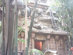 Indiana Jones Adventure 2 (total.awesomeness) Tags: california park ca statue cali amusement jones waiting ride snake disneyland indiana disney line adventure theme anaheim