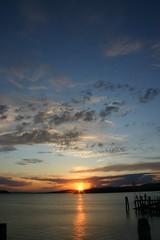 Tramonto sul Lago Trasimeno (morale77) Tags: tramonto canon300d lagotrasimeno