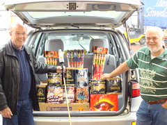 Another Happy Customer (EpicFireworks) Tags: fireworks guyfawkes firework pyro 13g epic paramount pyrotechnics ignition singleignition
