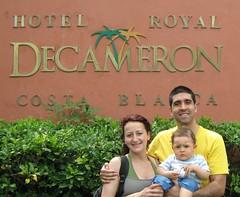 Bienvenidos al Decameron (parrao) Tags: paz playa resort piscinas vacaciones panam placer paraso rascacielos decameron privilegio familiafeliz