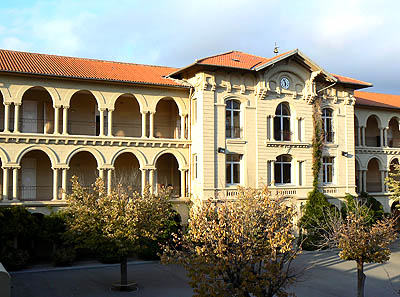lycée carnot façade.jpg
