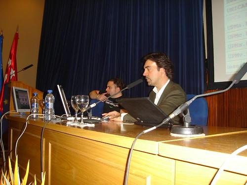 """Mesa """"Redes Sociales y sus límites"""" - BLC08"""