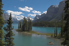 Spirit Island, Maligne Lake, Alberta (moelynphotos) Tags: lake mountains clouds scenery rockymountains jaspernationalpark canadianrockies glaciallake glacialwater waterscenes absolutelystunningscapes rainbowelite