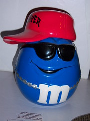 m&m jar 03 (mtMTMt) Tags: cool mms candy blingbling shades player m chain grin mm bling rapper wayfarers candyjar