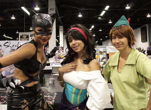 5705265905 440392a6c3 Wizard World Anaheim Comic Con 2011 in Photos