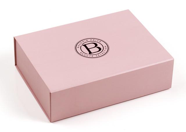 1 box Boudoir Prive