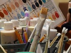 Pinceles y pinturas / Brushes & paint (.Alejandro_Vega) Tags: cafe paint pin montreal brush pincel cofee tura botella botellas ilovemypic