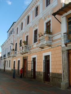 Old-Quito-Real-Estate-for-Sale