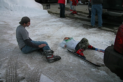 Teaching how to get up with skis