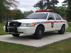 Canadian Military Police (jayscopcars) Tags: ford army police militarypolice policecar mp crownvictoria canadianforces cfb canadianarmy