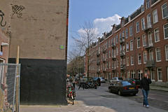 Rustenburgerstraat - Amsterdam (Netherlands) (Meteorry) Tags: street man holland art netherlands amsterdam mobile buildings portable europe pavement spaceinvader spaceinvaders nederland depijp rue paysbas trottoir pijp meteorry amsterinvader amsteralien ai087