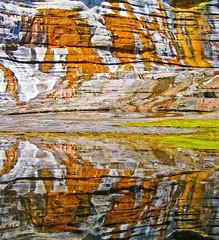 Seeing double at China Walls (Walt K) Tags: ocean orange point hawaii searchthebest pacific oahu cliffs algae portlock kokohead chinawall waltk kawaihoa