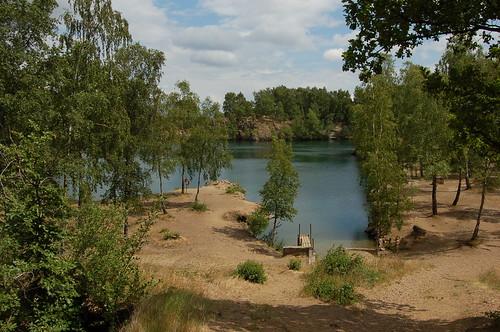鉱石採掘場を池にした場所