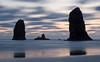 Cannon Beach sunset (NetteBini) Tags: longexposure oregon explore pacificocean oregoncoast d200 cannonbeach 30secondexposure seastacks speclan excellentscenic