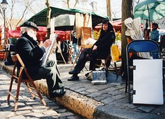 Parisian Artist Sketching Female Model, Montmartre, Paris, France (Steve Greaves) Tags: road street travel portrait woman paris france art tourism female umbrella french outdoors sketch model artist sitting drawing famous sketching culture scene montmartre tourist cobbled sit draw tradition beret cobbles seated curb parisian attraction openair easel parisienne pleinair curbside nikonf50 cosina28210mmf4265asperical foldingwoodenchair