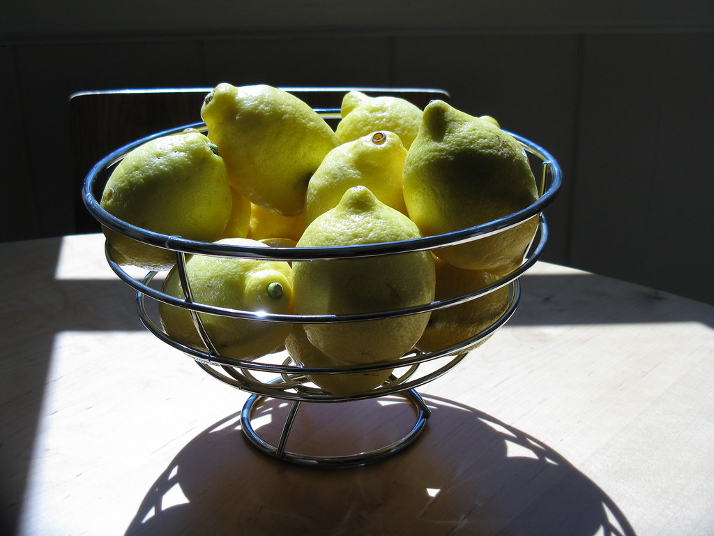 i prefer lemons to apples for home decoration
