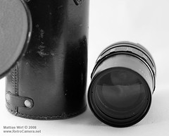Pentacon 135-lens with case