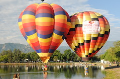 Colorado Balloon Classic 2008 (Joe_B) Tags: park geotagged colorado unitedstatesofamerica balloon favorites august day1 coloradosprings co 2008 hotairballoons f8 memorialpark 36mm d300 18200mm coloradoballoonclassic 18200mmf3556 shot204 prospectlake geo:country=unitedstatesofamerica camera:make=nikon geo:state=co camera:model=d300 exposure:ISO=640 lens:name=18200mmf3556 lens:type=dgvr lens:focallength=36 exposure:shutterspeed=1250 exposure:fnumber=f8 image:shot=204 2008august geo:city=coloradosprings 18200mmf3556dgvr 2008830 roll10442 event:code=2008830 roll:num=10442 image:docname=dsc8555jpg
