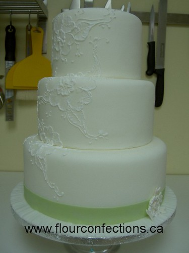 2834179049 f4d6491d33 141 ideias de casamento verde e branco