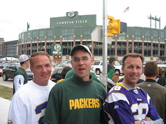 Heading to the game (Jason Titus) Tags: packers greenbay lambeaufield