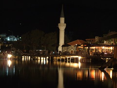 bodrum gndoan (xenotek) Tags: sea reflection architecture night turkey lights mosque bodrum gndoan