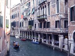 Venice Canal (Mark Wordy) Tags: venice italy restaurant italia gondola venetian venezia waterside gondolier venesia venexia