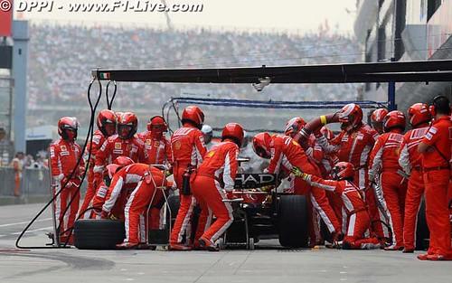 [運動] 2008年F1严??站:才開始就結束了 (5)