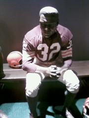 Jim Brown Uniform (Zolotkey) Tags: clevelandbrowns canton profootballhalloffame jimbrown